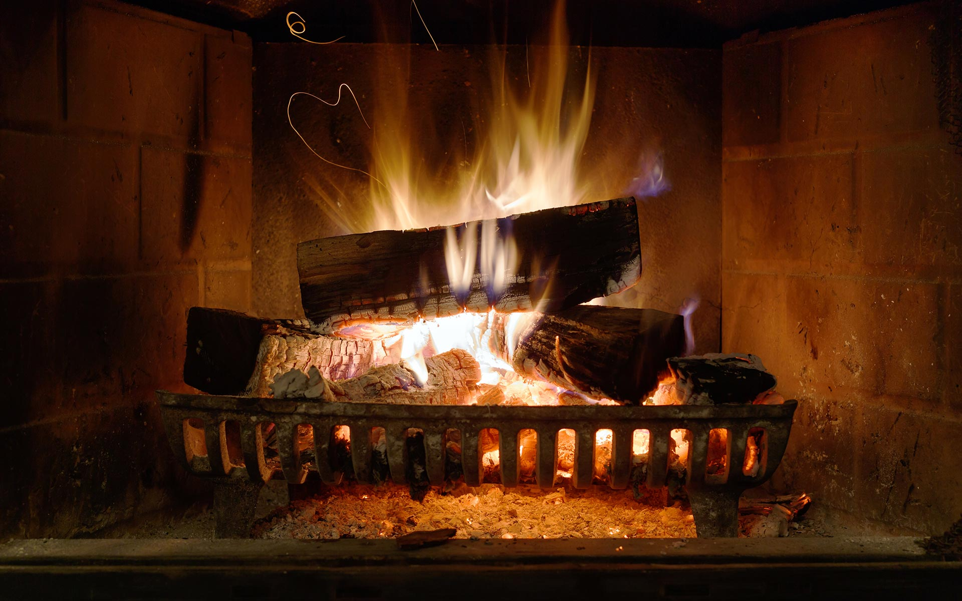 Fireplace HD Wallpapers 7